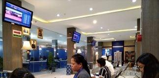Suasana ruang tunggu pengurusan paspor di Kanim Kelas I Khusus TPI Medan.