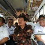 Plt Walikota Medan, Akhyar Nasution (paling kanan) saat mencoba lintasan Buy The Service (BTS) , Rabu (5/2/2020).