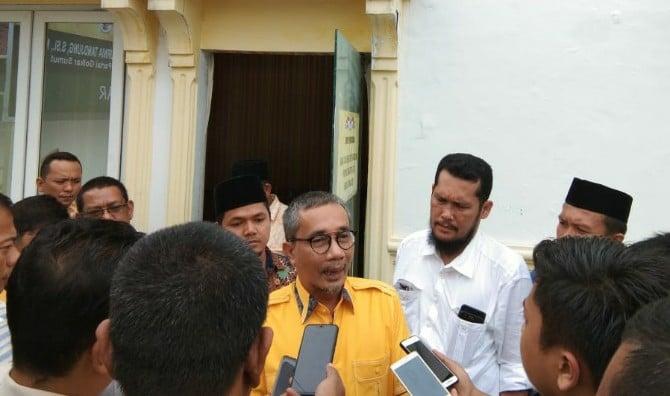 Wakil Ketua DPRD Sumut, Ahmad Yasyir Ridho Loebis, resmi mendaftar sebagai calon Ketua Golkar Sumut.