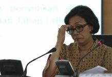 Menteri Keuangan Sri Mulyani mengatakan peningkatan defisit terjadi karena realisasi penerimaan negara lebih rendah belanja negara.