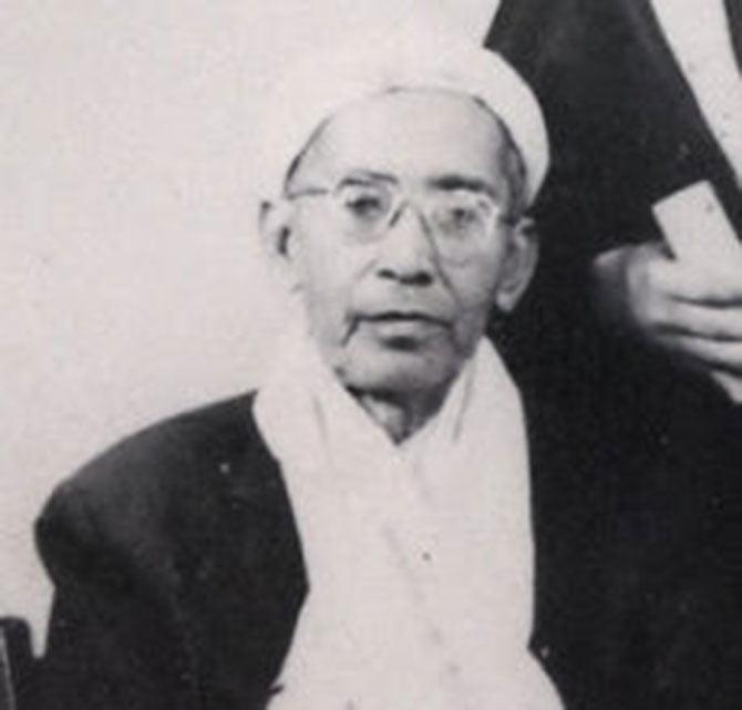 Tuan Guru Haji (TGH) Muhammad Yassin bin Muhammad ayah dari PM Baru Malaysia Muhyiddin Yassin.