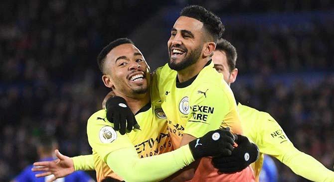 Pemain Manchester City Gabriel Jesus usai mencetak gol semata wayangnya ke gawang Kasper Schmeichel. (ist)