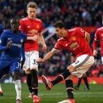 Manchester United Vs Chelsea dalam Liga Inggris.