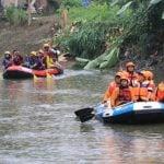 Forkopimda Kota Medan lakukan bersih -bersih Sungai Deli, Selasa (18/2/2020).