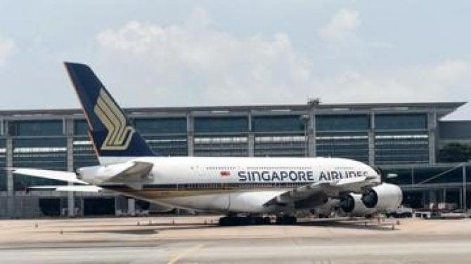 Virus Corona, 30 Penerbangan Singapore Airlines Batal ke RI Singapore Airlines membatalkan 30 jadwal terbang ke Indonesia selama Februari-25 Mei 2020.