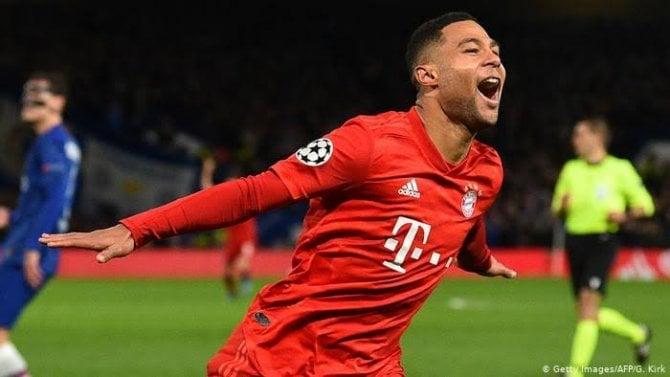 Serge Gnabry mencetak 2 gol kemenangan Bayern Munich di Stamford Bridge.