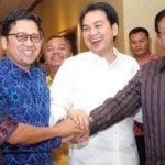 Foto dokumentasi 2011 saat Ahmad Doli Kurnia dan Azis Syamsuddin diapit Menko Kesra Agung Laksono dan Menpora Andi Malarangeng. Doli dan Azis sepakat bersatu soal KNPI kala itu.