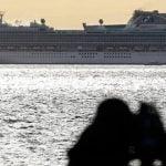 Inilah penampakan kapal pesiar Diamond Princess yang menjadi lokasi karantina 3.700 warga oleh pemerintah Jepang, kemarin. (sumber: en24news.)