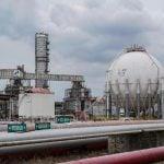Anjloknya harga minyak dunia hari ini dipicu kekhawatiran pasar terhadap permintaan minyak akibat meluasnya penyebaran virus corona (coronavirus). Ilustrasi (ist)