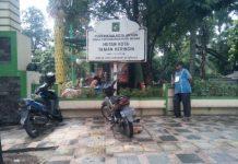 Punya Beking Kuat, Pedagang Bebas Jualan di Dalam Taman Beringin