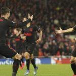 Blunder Adrian, Gagalkan Liverpool di Liga Champion