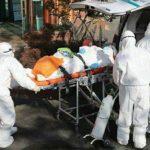 Proses Pemakaman Jenazah Korban Virus Corona Pakai Lampu Sorot