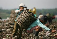 Akibat dampak Virus Corona penduduk Indonesia alami kemiskinan yang menyebabkan populasi kemiskinan semakin bertambah.