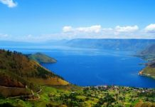 Salah satu spot terbaik Danau Toba, Parapat