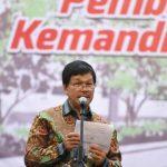 Rektor USU Prof Runtung SItepu (lip6)