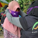 Aksi berbagi masker XL Axiata dan ACT