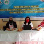 Tim PKM Dosen Unimed saat melakukan pemberdayaan remaja di Desa Tanjung Rejo Kecamatan Percut Sei Tuan.
