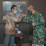 Pjs Walikota Medan, Arief Sudarto Trinugroho saat menerima kunjungan Dandim 0201/BS, Letkol Inf Agus Setiandar
