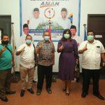 Akhyar saat foto bersama di Rumah Pemenangan AMAN, Jalan Sudirman, Selasa (17/11/2020).