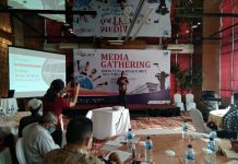 Direktur Operasional PT Bank Sumut, Rahmat F Pohan, memberikan keterangan dalam Media Gathering Akhir Tahun 2020.(ist)
