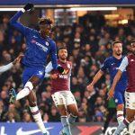 Tammy Abraham mencetak gol kedua Chelsea versus Aston Villa, dinihari tadi. Chelsea kini berada di posisi 5 klasemen menggeser Tottenham Hotspur.(bola.net)