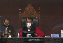 Mahkamah Konstitusi (MK) memutuskan permohonan sengketa Perselisihan Hasil Pemilihan Umum (PHPU) Kota Medan 2020 gugur.