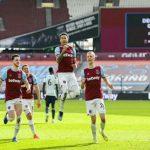 West Ham United menggeser Chelsea dari posisi 4 besar klasemen usai menumbangkan Tottenham Hotspur 2-1.
