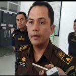 Sekretaris Daerah (Sekda) Kabupaten Samosir ditetapkan menjadi tersangka terkait kasus dugaan penyalahgunaan dana bantuan sosial (bansos) Covid-19