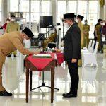 Gubernur Sumatera Utara (Sumut) Edy Rahmayadi melantik 27 Pejabat Administrator (Eselon III) di Lingkungan Pemerintah Provinsi (Pemprov) Sumut.