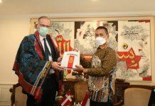 Pemerintah Provinsi (Pemprov) Sumatera Utara (Sumut) membahas peluang kerja sama di bidang energi, pariwisata dan pengelolaan sampah dengan Denmark. Ketiga bidang ini merupakan poin penting untuk kemajuan Sumut ke depannya.