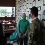 Usai mencopot Kepala Dinas (Kadis) Kesehatan Kota Medan Edwin Effendi, kini giliran Lurah Sidorame Timur Hermanto yang dicopot oleh Walikota Medan Bobby Nasution.