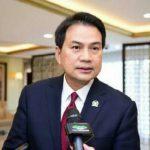 Lembaga Pengawasan Penegakan Hukum Indonesia (LP3HI) melaporkan Wakil Ketua DPR Aziz Syamsuddin ke Mahkamah Kehormatan Dewan (MKD), Senin (26/4/2021).