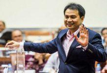 Kementerian Hukum dan HAM mengenakan status cegah keluar negeri kepada Wakil Ketua DPR Azis Syamsuddin terkait kasus suap Wali Kota Tanjungbalai ke Penyidik KPK.