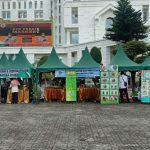 Jelang Hari Raya Idul Fitri 1442 H, Dinas Perdagangan dan Perindustrian (Disperindag) Sumut menggelar pasar murah di halaman Kantor Gubenur, Jalan Pangeran Diponegoro Medan