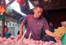 Menjelang Hari Raya Idul Fitri 1442 H, harga daging sapi dan ayam di beberapa pasar tradisional kota Medan mengalami kenaikkan tinggi.