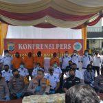 Satreskoba Polrestabes Medan menangkap MH, tersangka kasus narkotika jenis sabu seberat 40 kilogram di Jalan Binjai KM 15 Diski Kecamatan Sunggal, Rabu (24/4/2021).