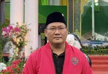 Wakil Ketua DPD PDI Perjuangan Sumut Aswan Jaya turut mengkritisi pengangkatan Afifi Lubis sebagai Pelaksana tugas (Plt) Sekdaprovsu menggantikan Sabrina yang pensiun.