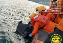 Sesosok mayat pria ditemukan warga mengapung di Pantai Pasanggrahan Bung Karno, Kelurahan Tigaraja Kecamatan Girsang Sipangan Bolon Kabupaten Simalungun Sumatera Utara (Sumut), Jumat (4/06/2021)