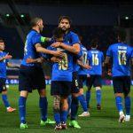 Skuad Italia merayakan kemenangan di pertandingan sebelumnya. Italia akan memainkan laga terakhir melawan Wales di Stadion Olimpico Roma, Minggu (20/6/2021). Hasil pertandingan tidak mempengaruhi langkah Italia ke babak selanjutnya.