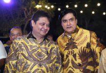 Partai Golkar sedang bergerak cepat dalam memanaskan mesin partai untuk meningkatkan elektabilitas partai, termasuk dalam memenangkan Airlangga Hartarto sebagai calon presiden (Capres) pada 2024 mendatang.