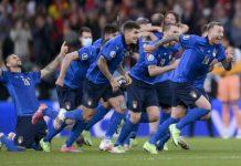 Timnas Italia akhirnya menjadi raja baru di benua biru, eropa setelah di partai final mengalahkan Timnas Inggris melalui drama adu pinalti dengan skor 4-3 (1-1) di Stadion Wembley, Senin dinihari (12/7/2021).