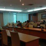 Puluhan guru yang kecewa dengan pembatalan pembukaan formasi 10.991 guru honorer berstatus Pegawai Pemerintah dengan Perjanjian Kerja (PPPK) oleh Pemprov Sumatera Utara (Sumut) mengadukan nasib mereka ke Komisi E DPRD Sumatera Utara (Sumut), Selasa (13/7/2021).