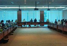 Komisi A, C dan E DPRD Sumatera Utara (Sumut) menggelar rapat dengar pendapat (RDP) bersama Dinas Pendidikan, Badan Kepegawaian Daerah (BKD), dan Badan Pengelolaan Keuangan dan Aset Daerah (BPKAD) terkait pembatalan pembukaan formasi 10.991 guru honorer berstatus Pegawai Pemerintah dengan Perjanjian Kerja (PPPK) di Sumut, Kamis (15/7/2021).