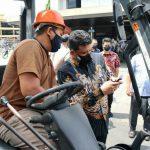 Walikota Medan, Bobby Nasution bersama Kapolrestabes MS, Kombes Pol Riko dan Dandim 0201/BS Letkol Inf Agus Setiandar memantau mobilitas warga sejak diberlakukannya PPKM darurat menggunakan helikopter milik Poldasu, Kamis (15/7/2021).