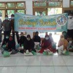 PT Socfindo Kebun Aek Loba, Kecamatan Aek Kuasan, Kabupaten Asahan berbagi kepada warga sekitar melalui program Jumat Berkah (30/7/2021).