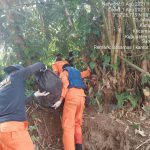 Jasad seorang remaja bernama Rendi (12), warga Perumahan Sri Gunting Desa Sei Beras Sekata Kecamatan Sunggal Kabupaten Deli Serdang yang hilang beberapa hari yang lalu akhirnya bisa ditemukan, Minggu (1/8/2021).