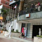 Pemkot Medan mulai mengoperasikan lokasi isolasi terpusat bagi warga Kota Medan yang terpapar Covid-19 dengan gejala ringan maupun OTG di eks Hotel Soechi, Jalan Cirebon Medan, Minggu (1/8/2021).