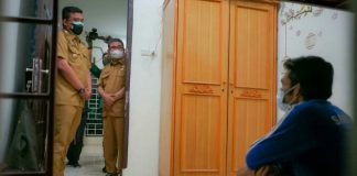 Walikota Medan, Bobby Nasution fasilitasi warga Bireuen Aceh yang tinggal di kolong jembatan Sungai Deli yang ditemukan Wagubsu, Musa Rajeckshah beberapa hari lalu pulang ke kampung halamannya.