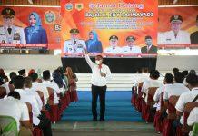 Gubernur Sumatera Utara Edy Rahmayadi menunjukkan komitmennya membangun desa di Sumut dengan kerap turun ke daerah. Edy pun tak sungkan untuk berdikusi langsung dengan jajaran kepala desa (kades) di kabupaten.