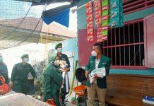PW Al- Washliyah Sumatera Utara (Sumut) memberi bantuan bagi masyarakat yang terkena dampak Pemberlakuan Pembatasan Kegiatan Masyarakat (PPKM).